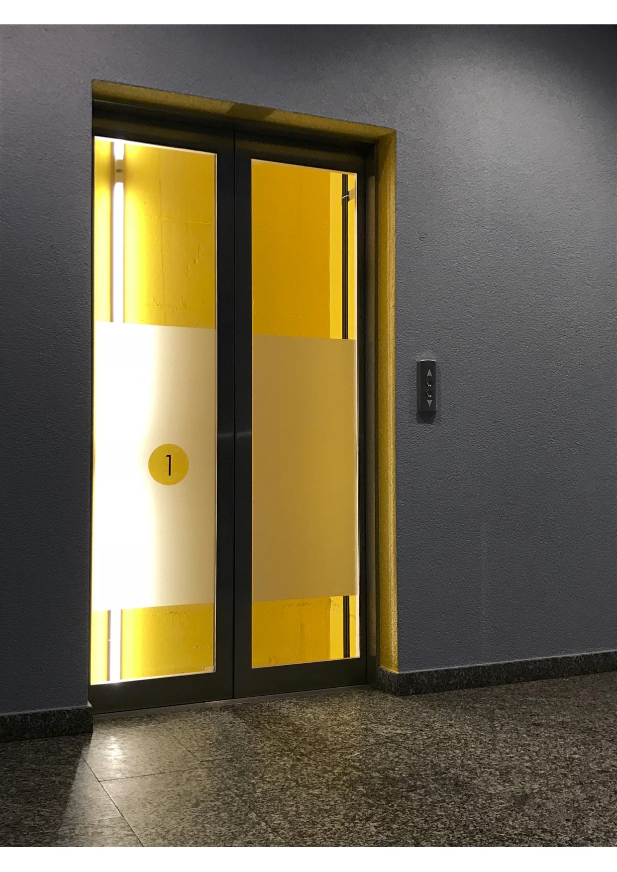 ma coach d co hall d entr e immeuble bureaux lausanne ma coach d co. Black Bedroom Furniture Sets. Home Design Ideas